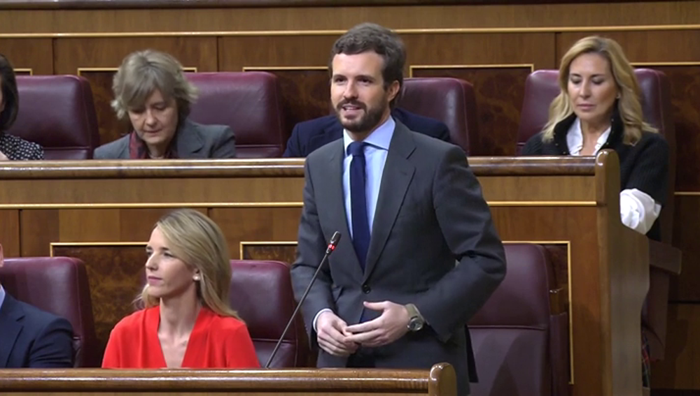 """Pablo Casado pide a Pedro Sánchez que """"se deje de mentiras"""" sobre la reunión de Barajas"""