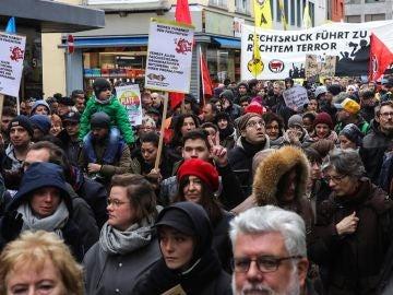Imagen de la marcha en apoyo a las víctimas que murieron en un atentado en Hanau