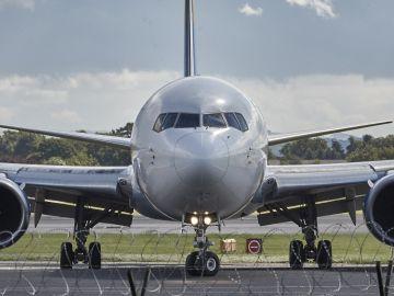 Imagen de archivo de un avión.