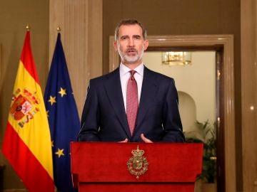 El rey Felipe VI, durante el mensaje institucional por el Estado de Alarma.
