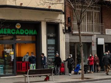 Horarios de los supermercados en Semana Santa: Lidl, Mercadona, Alcampo...