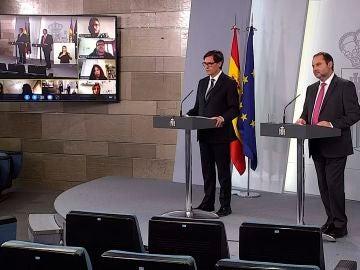 Los ministros Illa y Ábalos en rueda de prensa