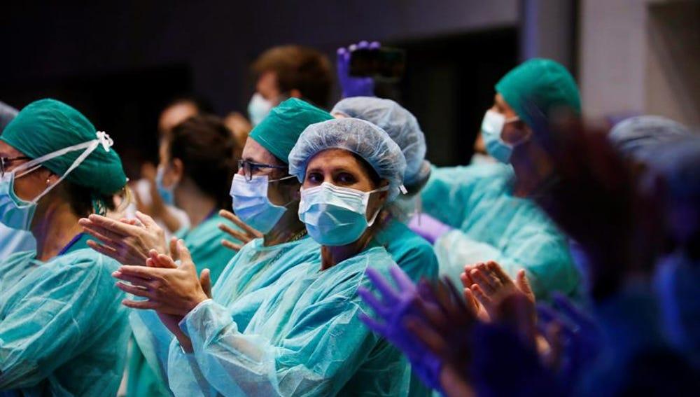 Médicos durante la crisis del coronavirus