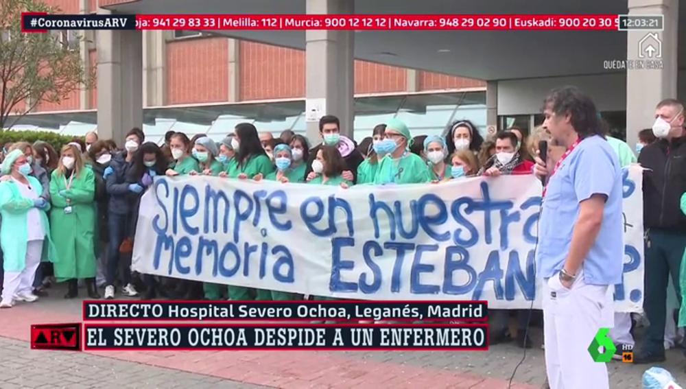Homenaje a un enfermero del Hospital Severo Ochoa fallecido con coronavirus
