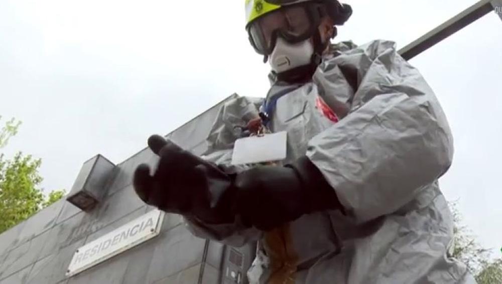 Los bomberos denuncian que no les dejan ayudar más