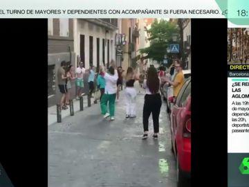 """""""No me quedo en casa"""": el grito de la irresponsabilidad en los botellones en pleno confinamiento ante la mirada atónita de los vecinos de Madrid"""