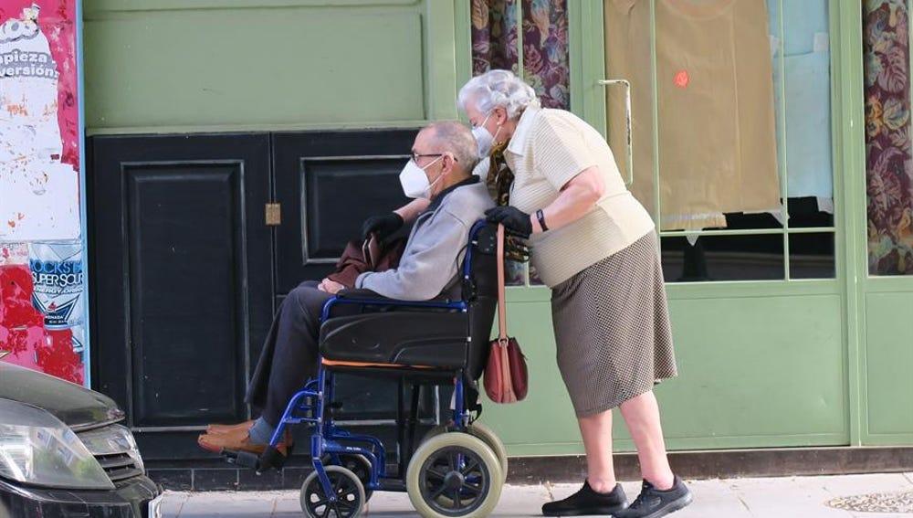 Una pareja de mayores