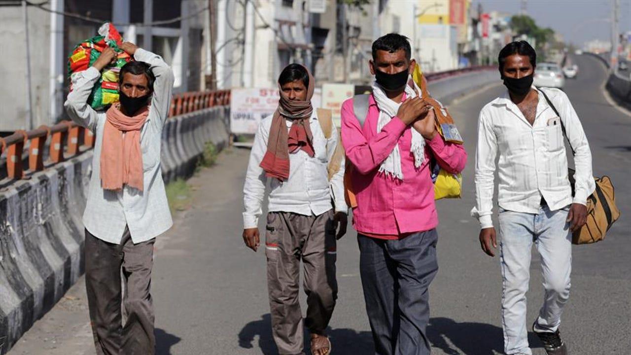 Trabajadores migrantes en India durante la pandemia de coronavirus