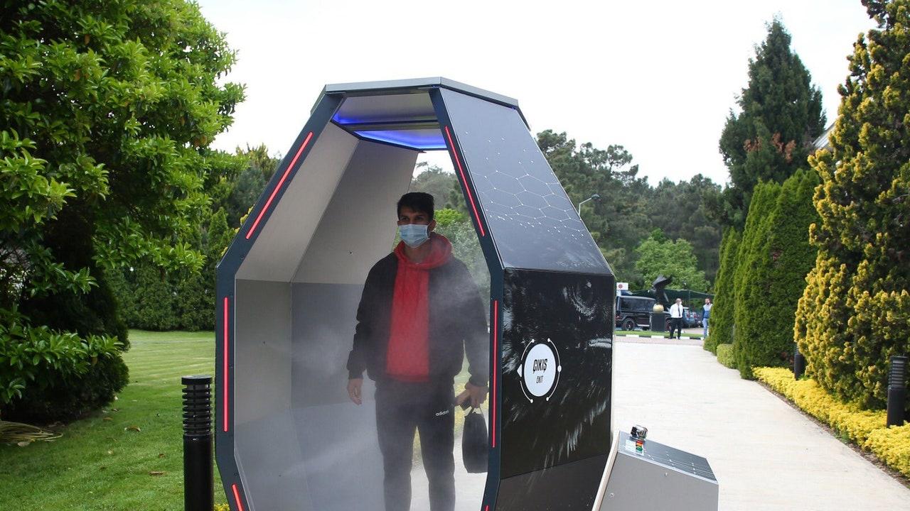 La cabina de desinfección del Besiktas