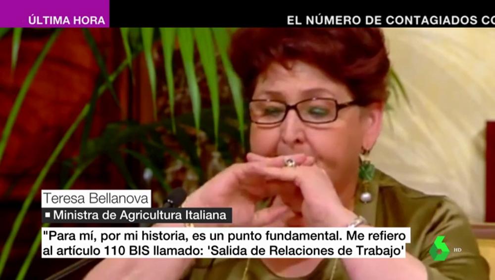 """Las lagrimas de emoción de una ministra italiana al anunciar la regularización de 600.000 migrantes: """"Los invisibles serán menos invisibles"""""""