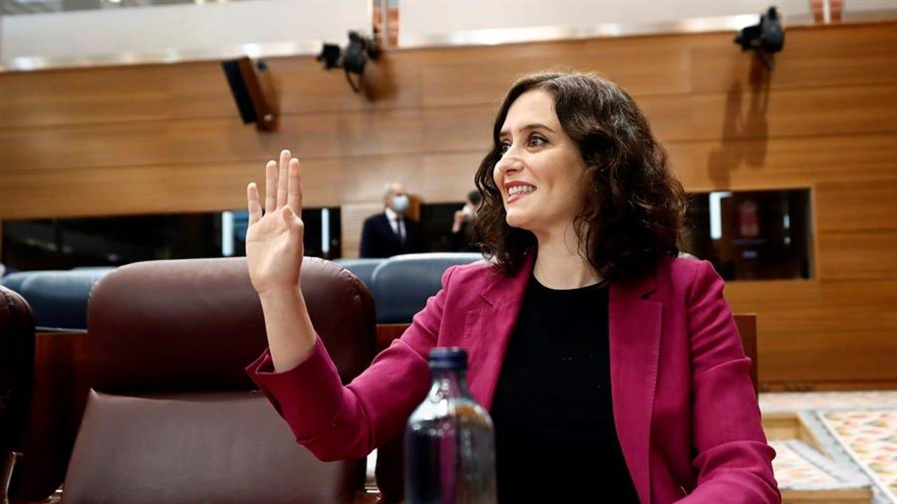 La presidenta regional, Isabel Díaz Ayuso, durante la sesión de control al ejecutivo regionall.
