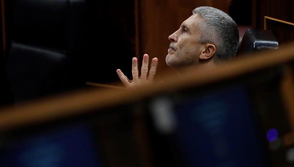 El ministro del interior, Fernando Grande Marlaska, durante la sesión de control