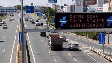 Tráfico en la Autovía-S30 a la salida de Sevilla