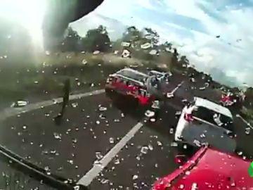 Brutal accidente múltiple de tráfico deja seis heridos en Sídney
