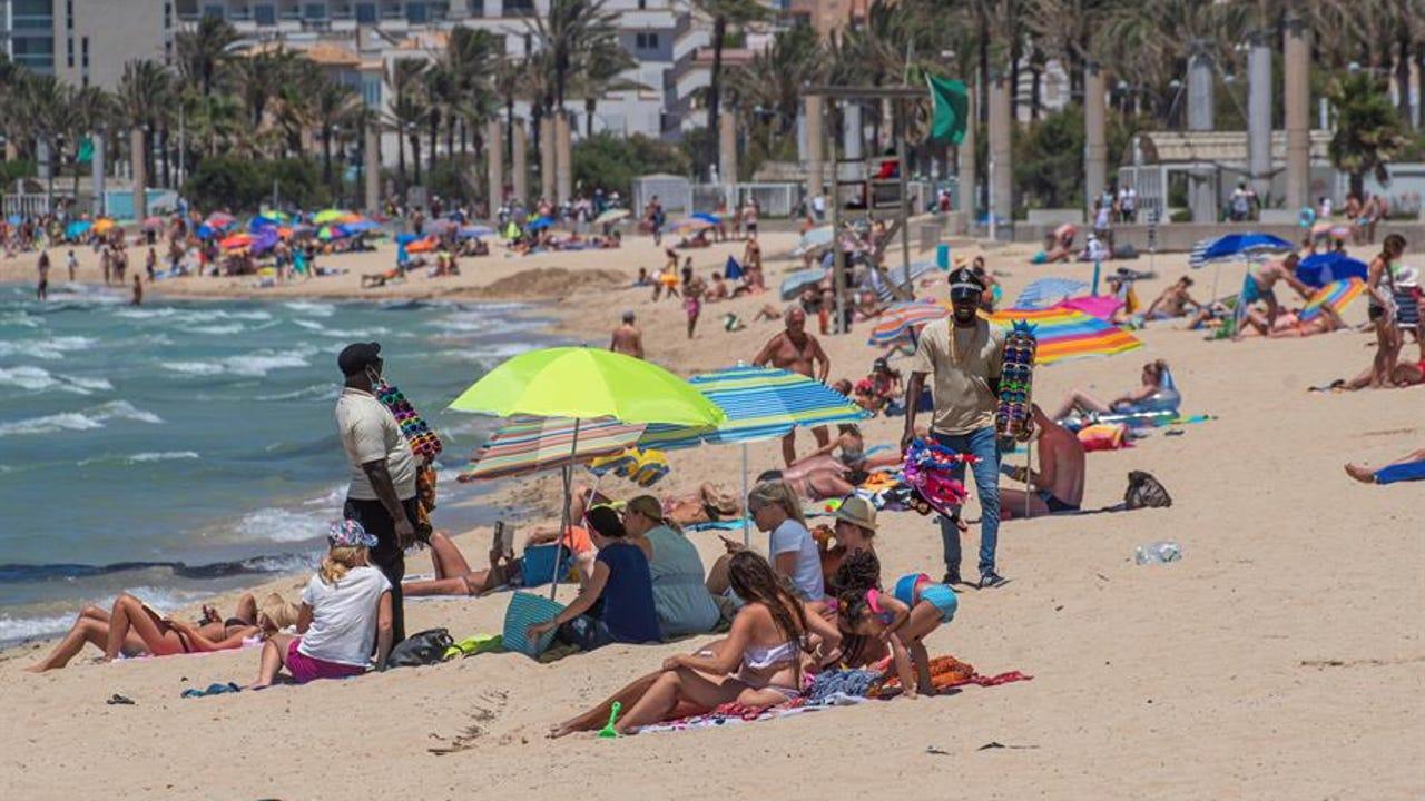 Aspecto que presentaba este pasado lunes la playa de Palma