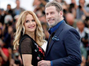 Kelly Preston junto a su esposo John Travolta