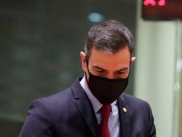 Pedro Sánchez a su llegada a la cumbre