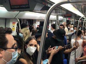 Línea 5 del metro de Barcelona, hoy a mediodía