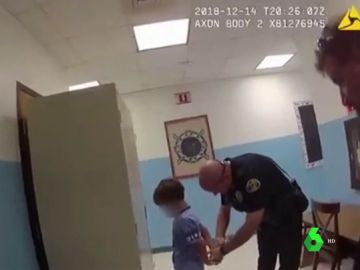 Detención de un niño de ocho años con discapacidad en EEUU