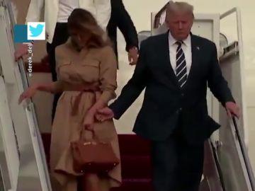 Melania Trump vuelve a apartar a Donald Trump