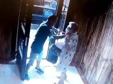 Agresión a una anciana en un portal de Valencia