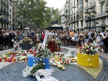 """""""Llega la COVID y desentierra nuestro pasado, miedos y daños"""": así han vivido la pandemia las Víctimas del Terrorismo"""