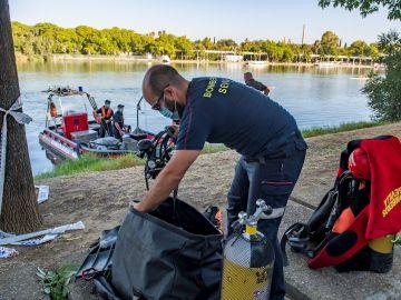 Hallan el cadáver del joven que había desaparecido en el río Guadalquivir