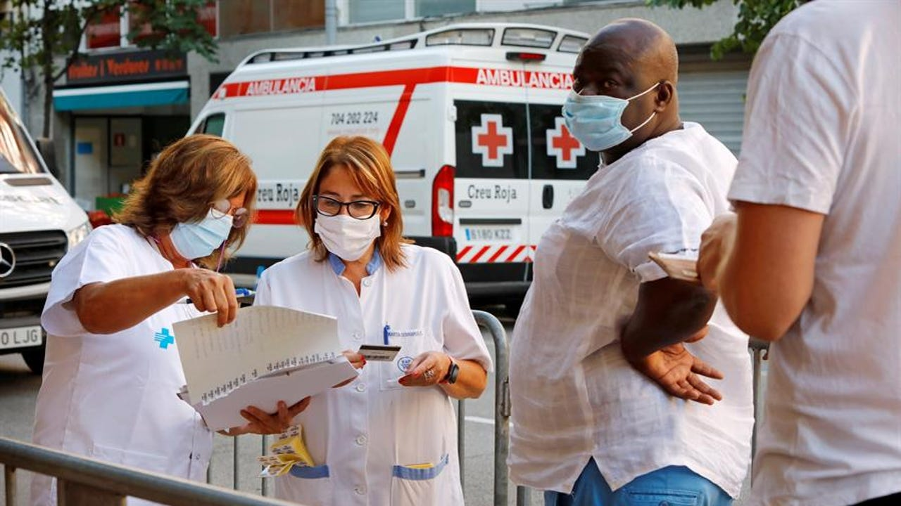 Profesionales sanitarios en Vic, Barcelona