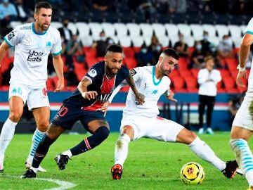 Neymar Jr y Álvaro González
