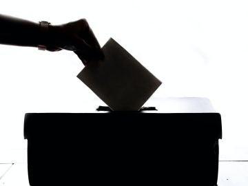 ¿Está en peligro la democracia por la llegada del coronavirus?