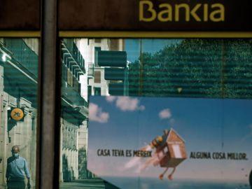 CaixaBank y Bankia reúnen este jueves a sus consejeros para abordar la fusión