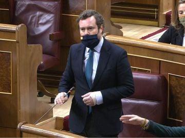 Iván Espinosa de los Monteros y Macarena Olona en el Congreso