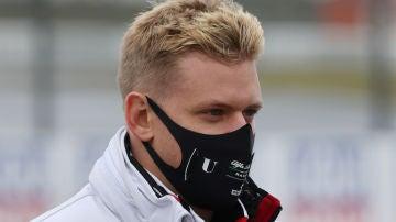 Mick Schumacher se estrena en Fórmula 1