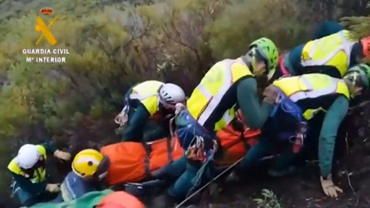 Guardia Civil acude a un accidente en el 'Iberian Classic Raid'