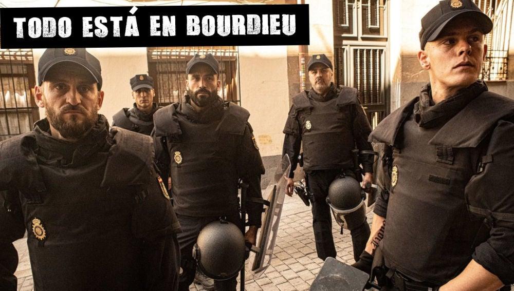 Fotograma de la serie Antidisturbios