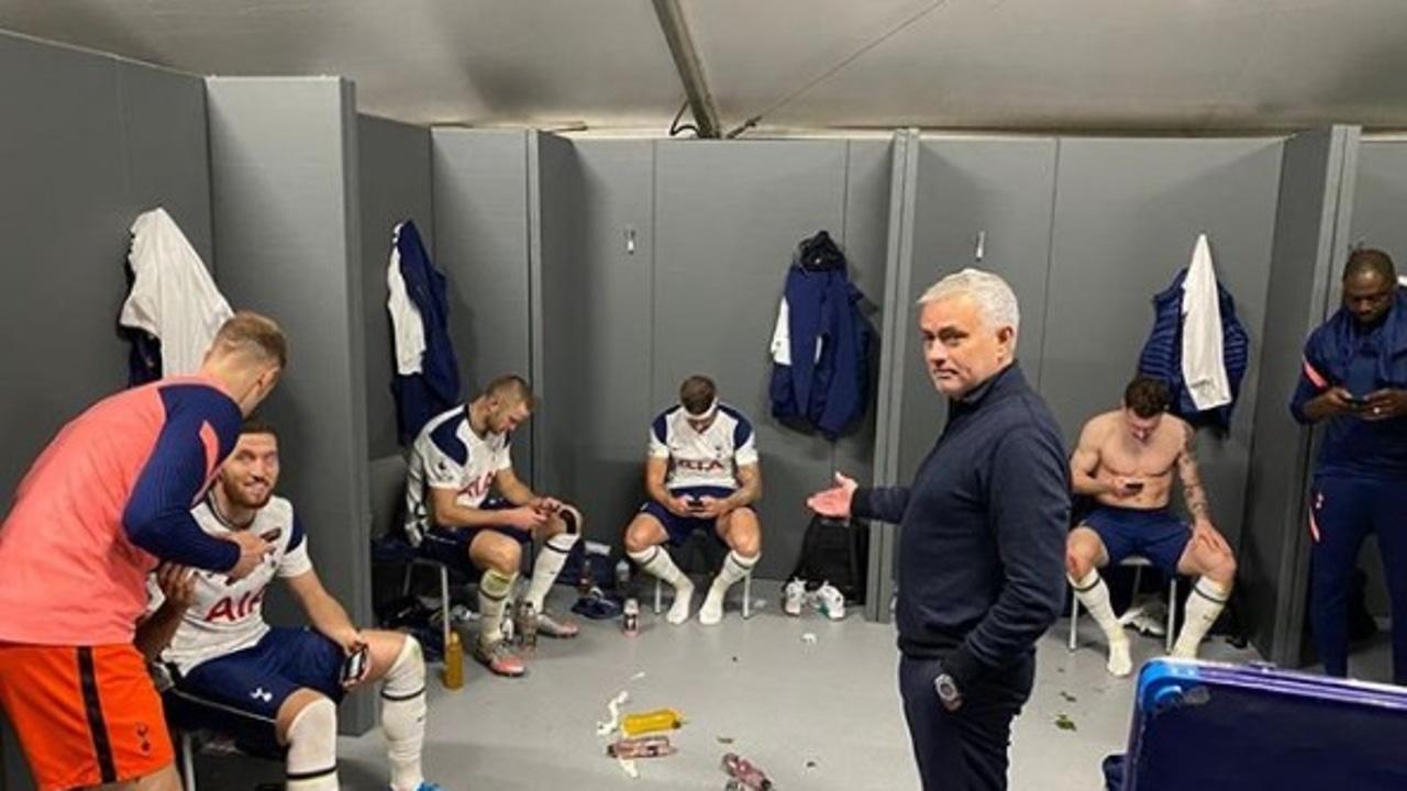 José Mourinho y el vestuario del Tottenham