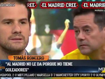 """Tremendo cara a cara entre Tomás Roncero y Quim Domènech: """"A Cibeles con el orgullo"""""""