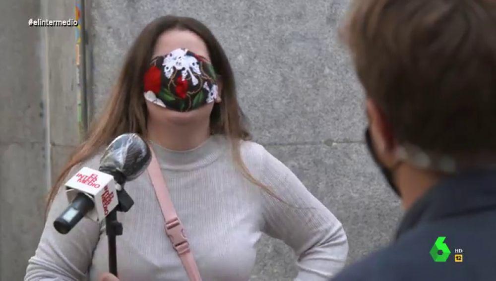 """Los españoles confiesan lo que nunca dirían gracias a las mascarillas del anonimato: """"Perdí la virginidad en el único hotel de mi pueblo"""""""