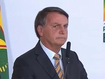 """Bolsonaro, sobre la COVID: """"Todos vamos a morir algún día. Dejemos de ser un país de maricas"""""""