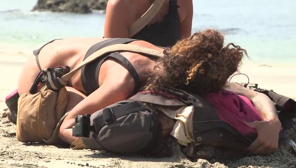 Rocío y Natalia, al borde de la muerte: las aventureras ponen en riesgo su vida al ser arrastradas por las corrientes de La Isla