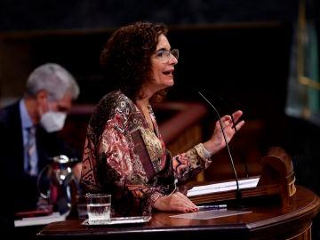 María Jesús Montero, portavoz del Gobierno, en una de sus intervenciones en el Congreso