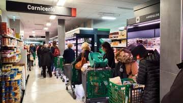 Este es el horario de los supermercados para el puente de diciembre