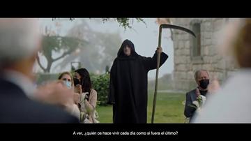 """NO PUBLICAR/ Así es el emocionante anuncio de Campofrío 2020 esta Navidad: """"Preferís vivir como si la muerte no existiera"""""""