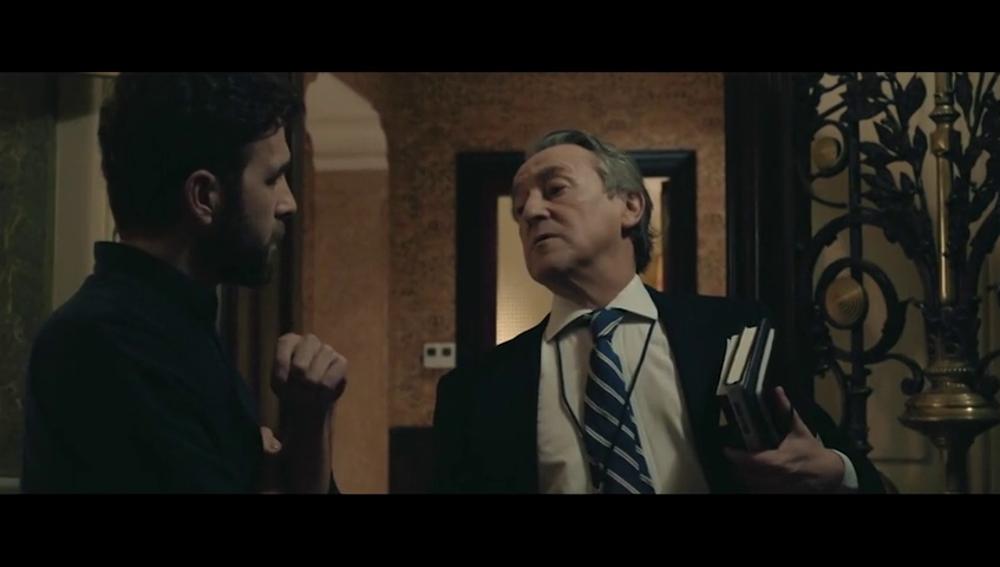 """El tenso encuentro de Hermann Tertsch y Gonzo: """"No tengo interés en compartir ascensor con usted"""""""