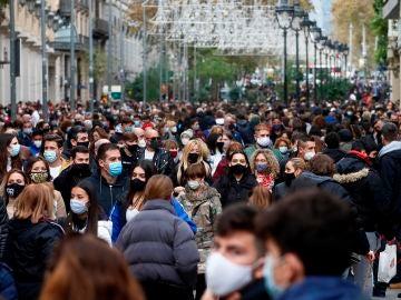 Aspecto de la avenida del Portal del Angel de Barcelona este lunes