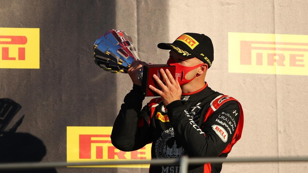 Nikita Mazepin, podio en el GP de Sakhir