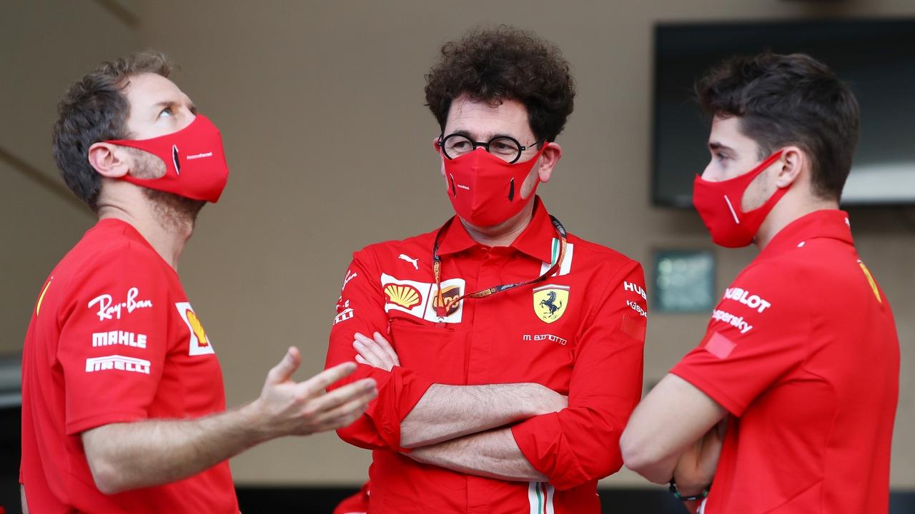 Binotto, con sus pilotos Vettel y Leclerc