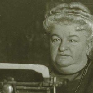 ¿Quién es Emilia Pardo Bazan? La novelista feminista que habitó el Pazo de Meirás antes que los Franco