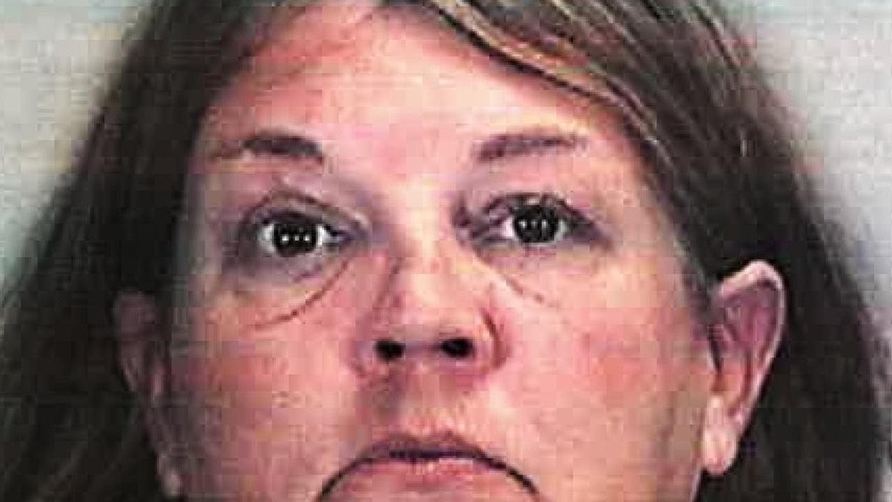 Michelle Haney, detenida por ocultar durante cinco meses a su compañero de vivienda para cobrar la pensión del difunto.