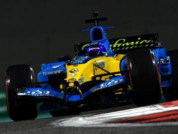Fernando Alonso, con el R25